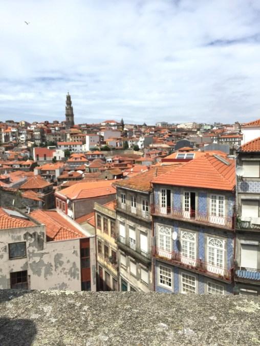reasons visit portugal, porto