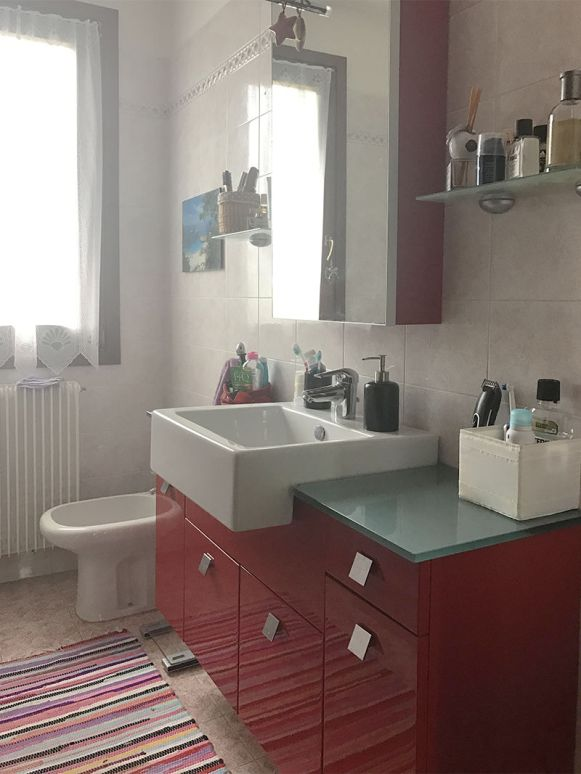 small-bathroom-makeover-before-after (3)