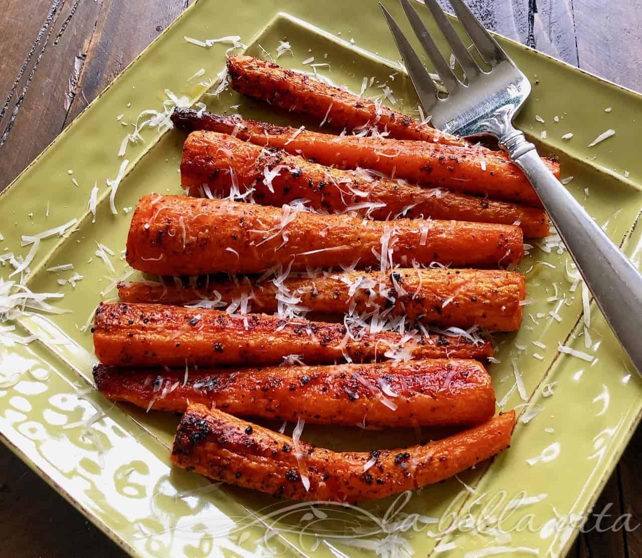 Roasted Parmesan Garlic Carrots