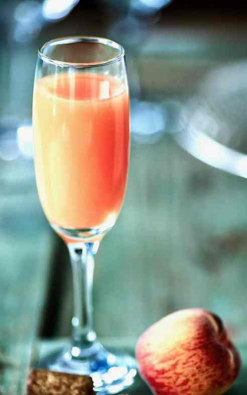 Classic Fresh Bellini from Venice, Italy