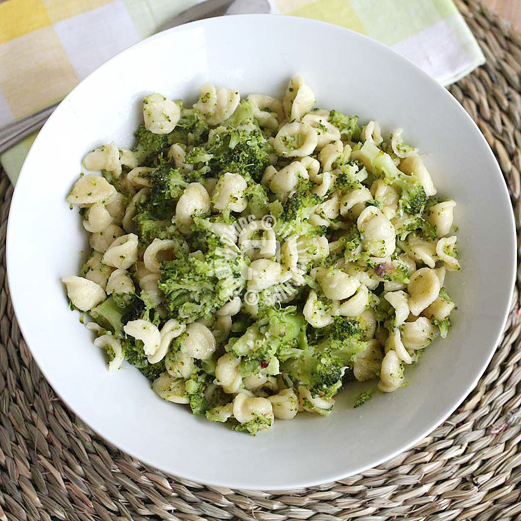 My Favorite Way to Prepare Broccoli and Pasta