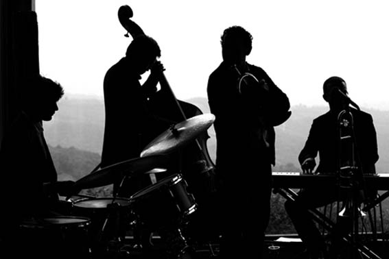 jazz-band-country-wedding-Italy