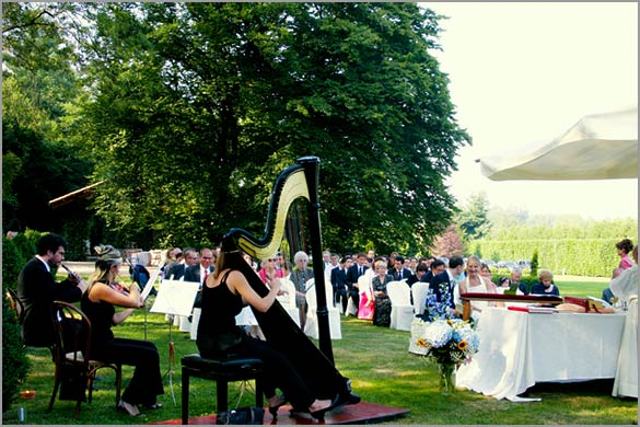outdoor-religious-wedding-ceremony-italy