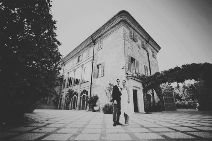 country-wedding-relais-Monferrato-vines-hills