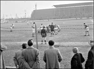 Immagini ritrovate #11- 1953 Brescia Vs Milano Rugby Mischia