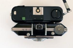Confronto dimensionale con la Minox 35 (dall'alto)