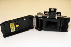 Il dorso aperto della Kodak Bantam 4,5