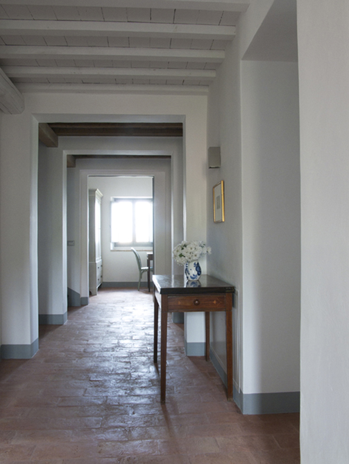 Casa San Nicola Holiday House Le Marche Italy Landing