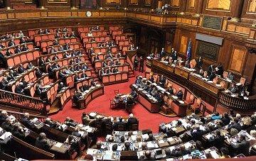 Palazzo Chigi Senato, comunicazioni di Renzi in vista del Consiglio UE | by Palazzochigi (Attribution-NonCommercial-ShareAlike 2.0 Generic)