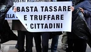 Salva Banche - etruria_proteste_fg - www-adnkronos-com - 350X200