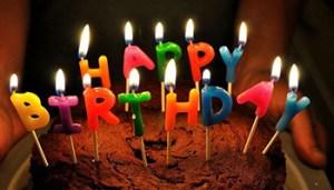 Happy Birthday - 5045502202_1d867c8a41_z-kV1E-U1060607244165ejF-700x394@LaStampa.it - www-lastampa-it - 350X200
