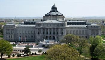 """A Washington, nella Biblioteca del Congresso,  presentato """"Un PAESE DI CARTA"""" di Laura Benedetti"""