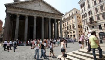 Allarme turismo. Roma non piace più (tanto)