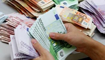 Prelievi contante in banca: Come evitare i controlli del Fisco