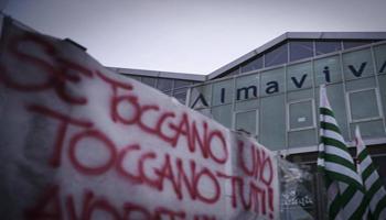 Almaviva: ok solo Napoli, no di Roma Calenda: «Inevitabili i licenziamenti»