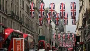 Londra Bandiere - 1488271137-londra-bandiere - www-ilgiornale-it - 350X200
