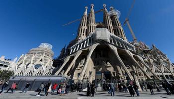 Barcellona, dopo 133 anni la Sagrada Familia non sarà più abusiva