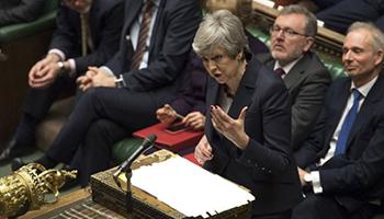 Brexit: processo in stallo mentre i parlamentari cercano consenso