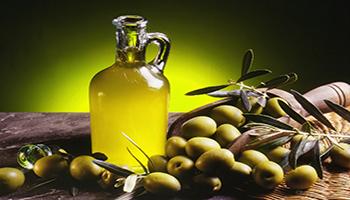 Olio extra di oliva irrinunciabile per il 64% degli italiani