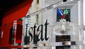Istat, nel 2020 retribuzioni in aumento dell'0,6%