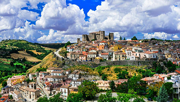 """""""Effetto Covid"""" sulle città: sparisce anche l'offerta turistica"""