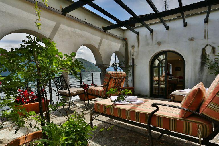 lake como luxury holiday home