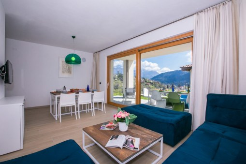 holiday home with pool tremezzo