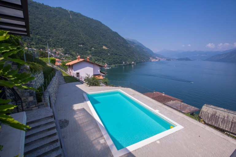 luxury apartment lake como