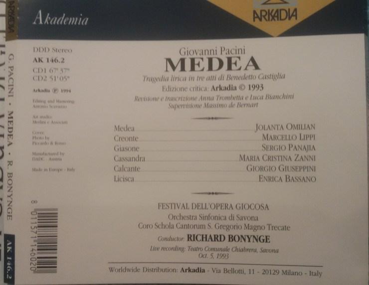 retro della copertina del CD della Medea di Giovanni Pacini