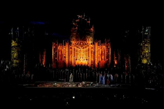 Sabato 13 agosto all'Arena di Verona Il Trovatore di Giuseppe Verdi nell'allestimento di Franco Zeffirelli