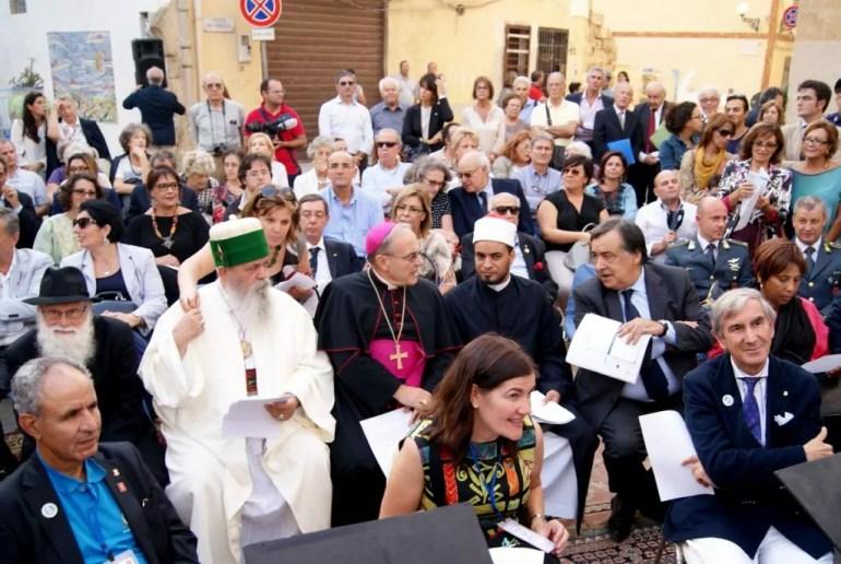 Blue Sea Land dialogo religioso