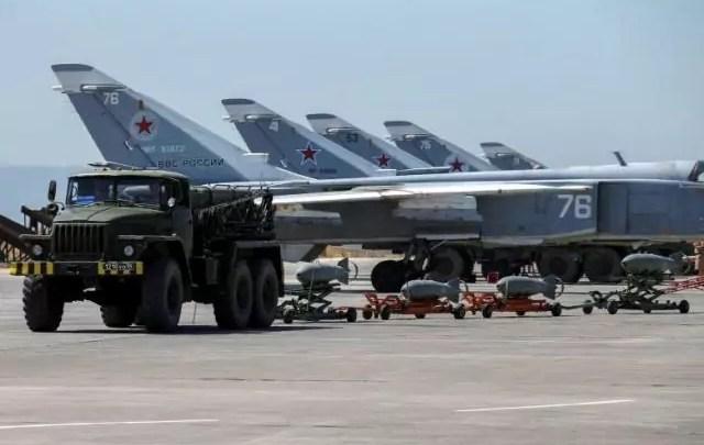 Rivelazione della Reuters: navi petroliere russe hanno portato carburanti in Siria attraverso il Mediterraneo nonostante il divieto imposto dall'Ue.