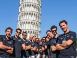 I giovani scienziati di U-Phos team, che porterà su un razzo spaziale dell'Esa un esperimento scientifico messo a punto dall'Università di Pisa.