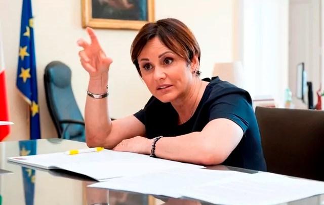 E' indagata anche Simona Vicari nell'inchiesta per corruzione che coinvolge l'armatore Morace e il candidato sindaco di Trapani Fazio.