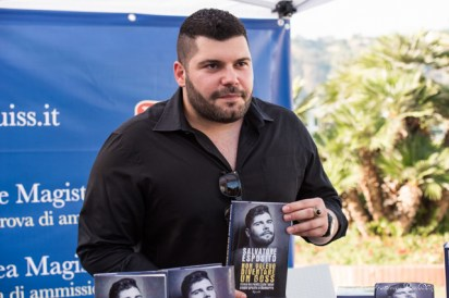 L'attore Salvatore Esposito alla presentazione del suo libro, foto Lento FrancescoPaolo