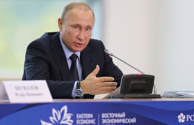 Vladimir Putin ha espresso le sue opinioni sulla crisi provocata dalla Corea del Nord all'Eastern Economic Forum di Vladivostok (ph. Tass/ V. Smirnov).