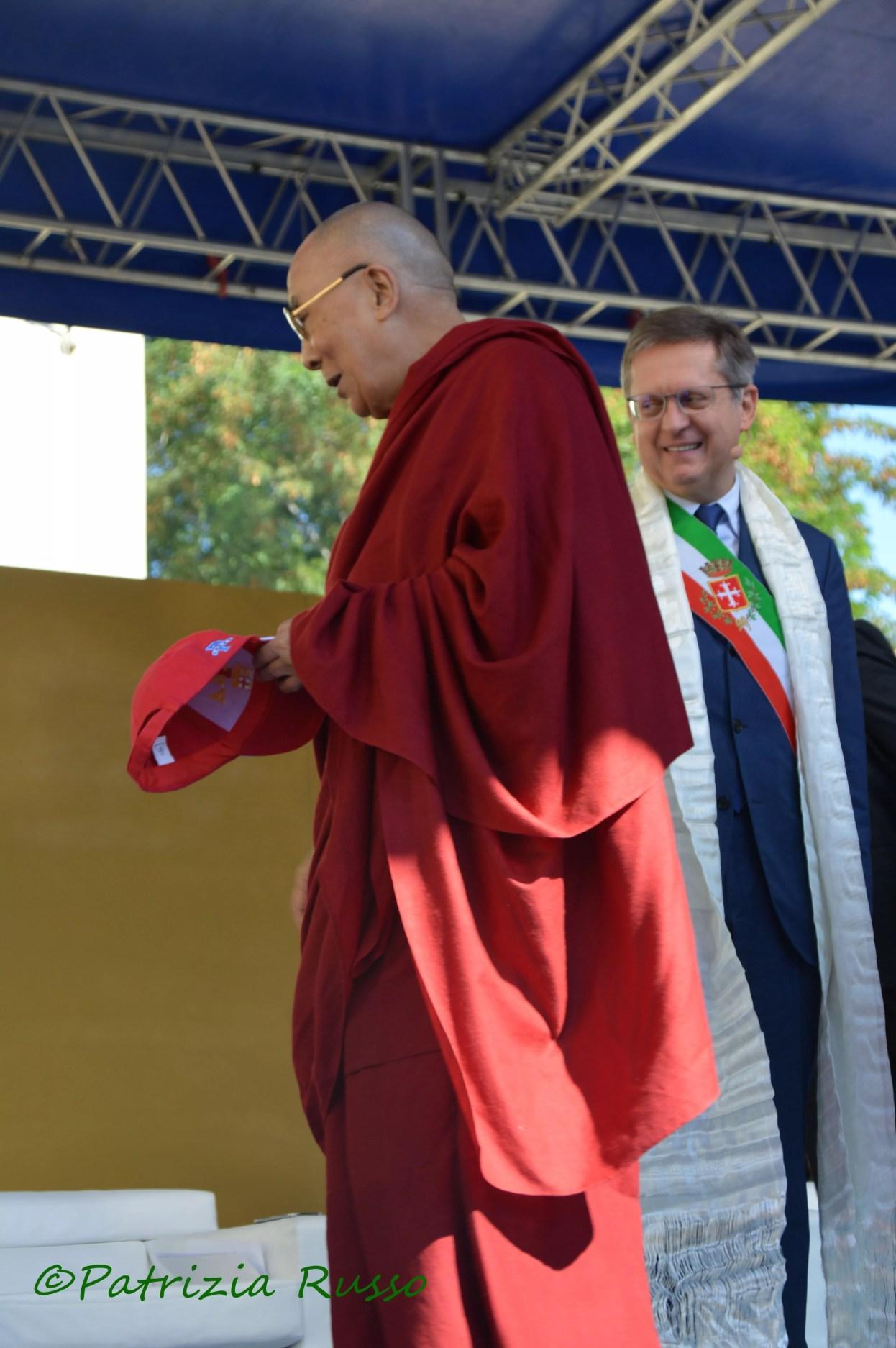 Sua Santità Dalai Lama e il Sindaco di Pisa Filippeschi