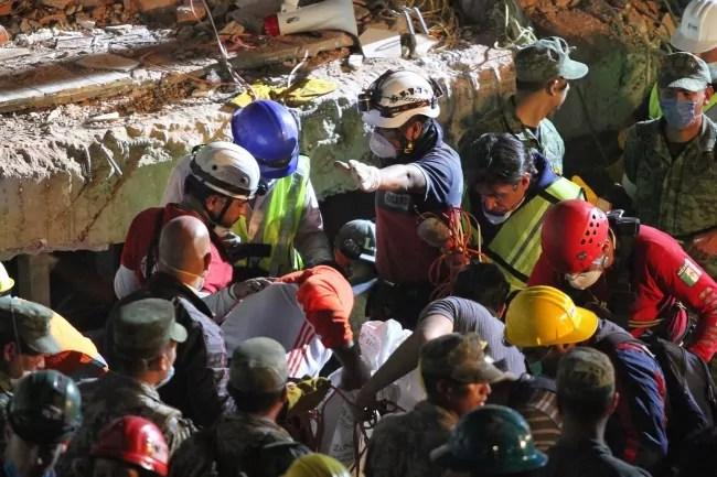 Terremoto del Messico del 19 settembre 2017 ph Notimex / Gustavo Duran).
