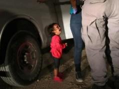 Usa, la foto virale della bambina separata dai genitori che scoppia a piangere Getty