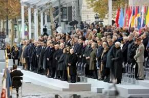 A Parigi la cerimonia per i 100 anni della firma dell'armistizio che pose fine alla Prima guerra mondiale il giorno 11 novembre 1918.