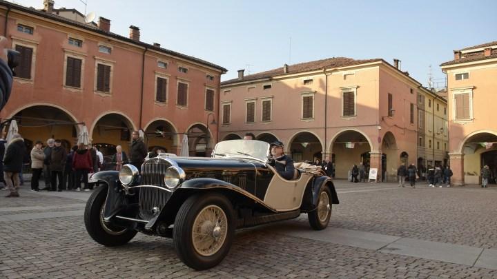 Auto d'epoca partecipanti alla XIX edizione del Concours d'Élégance Trofeo Salvarola Terme.