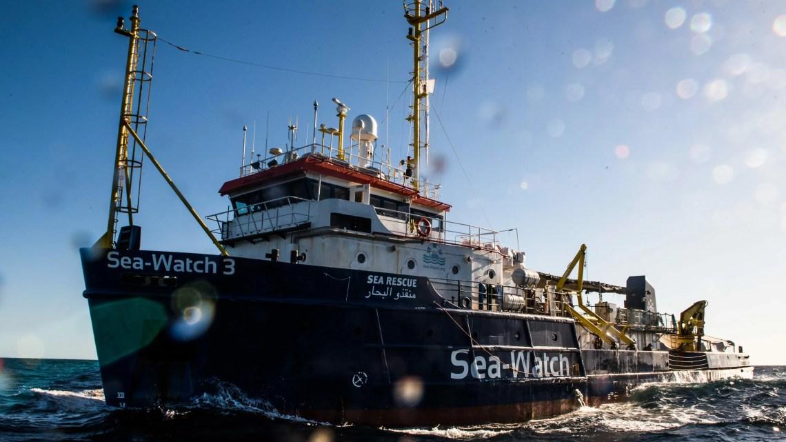 migranti clandestini sea watch