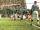 """Campionato Italiano FootBall Americano 1980: Lupi Roma contro Divoli Milano (Immagine tratta dal libro """"Spaghetti Football"""" di Fausto Batella)."""