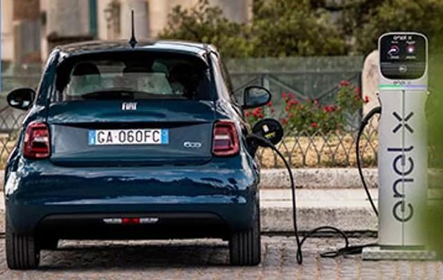 Veicoli ibridi ricaricabili ed elettrici a batteria della FCA (ph.FCA Group).
