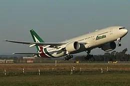 Alitalia, un Boeing 777-243