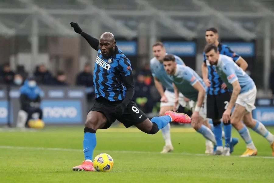 Serie A: Lukaku segna il rigore. Inter 3 - 1 Lazio
