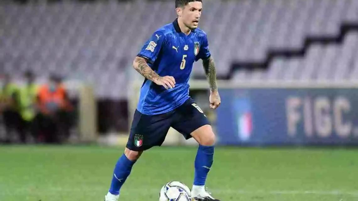 L'Italia di Mancini sa solo vincere. Anche sul sintetico di Vilnius contro la Lituania con un successo per 2-0 che porta le firme di Sensi e Immobile.