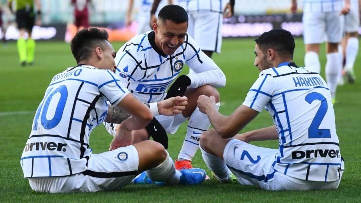 Serie A, 27 Giornata: Torino 1 - 2 Inter. Il Toro Lautaro incorna il toro granada: ci pensa lui a regalare la fuga scudetto, dopo il rigore di Lukaku e il pareggio di Sanabria (credit Inter Official Website Photogallery)