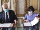La firma del MoU tra Istituto Universitario orientale di Napoli e Ambasciata dell'India,