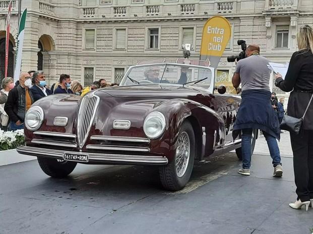 Alfa Romeo 6C 2500 S Cabriolet Pinin Farina del 1945 (foto AAVS / In24).